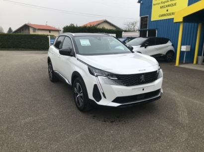 Photo PEUGEOT 3008 Facelift 1.5 BlueHDI 130ch Allure Pack